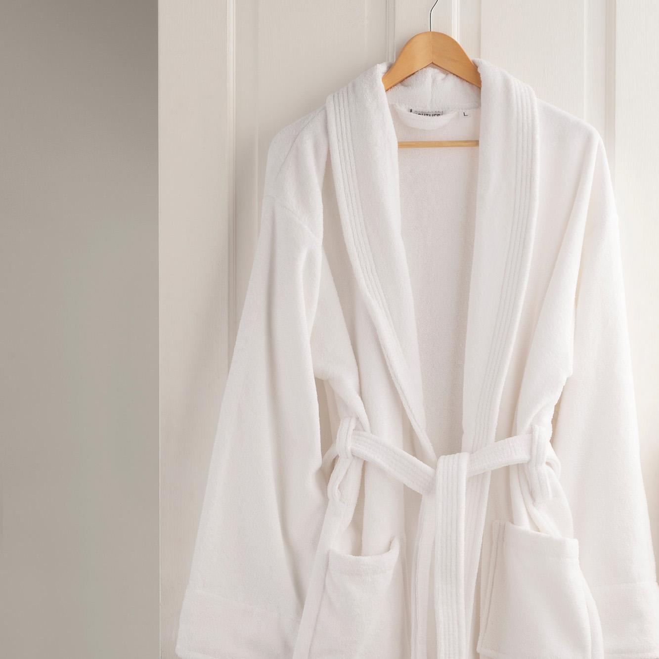 Versailles 100 Cotton Velour Bathrobe In White Mediterranean Linens